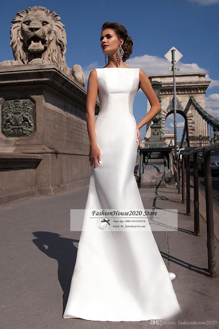 Simple Satin Mermaid Wedding Dresses 2017 New Boat Neck Sleeveless Fitted Long Wedding Dress With Detachable Train Bow Back Bride Gowns