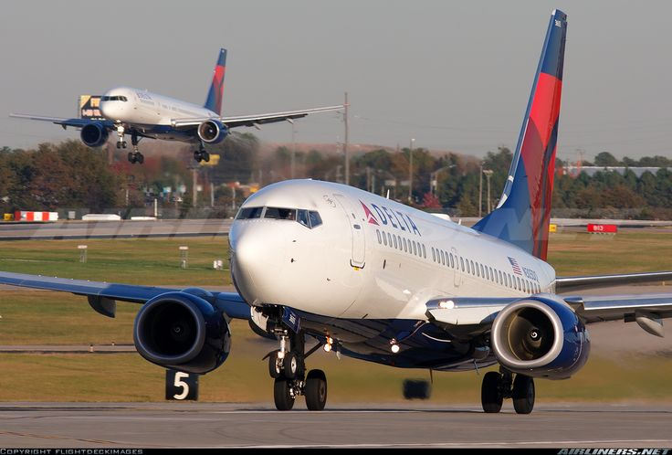Delta Air Lines Wallpaper: Delta Airlines 737 And 757 In Background At ATL