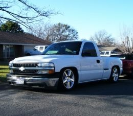 2002 Chevrolet Silverado Faux Runner by slowtowpig http://www.truckbuilds.net/2002-chevrolet-silverado-faux-runner-build-by-slowtowpig