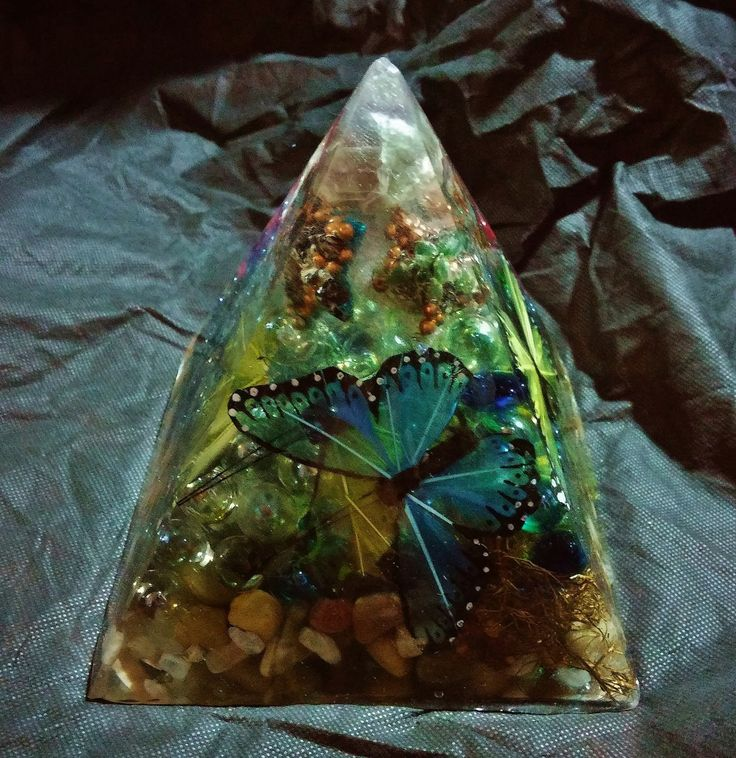 Fluorite, Selenite, Moonstone, Green Moss Agate, Green Agate and Carnelian Butterflies and Stars Pyramid with  Copper Bead & River Rock, by KomacFineArt on Etsy