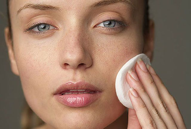 How to Get Rid of Dry Skin on the Face