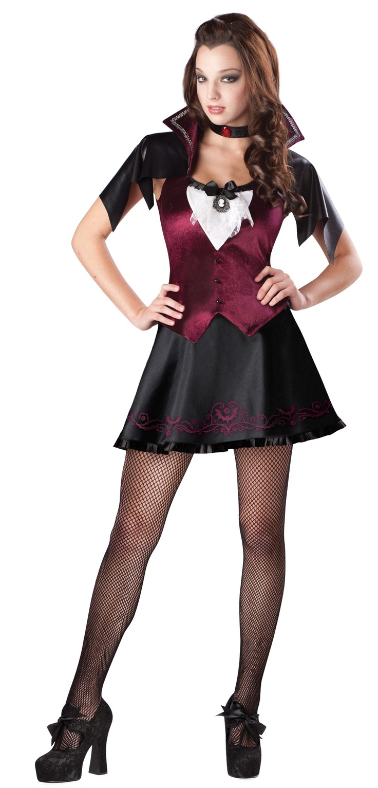 Cute Vampire Costume For A Teenager Halloween  -9546