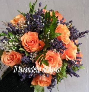 Addobbi-per-matrimonio-addobbi-floreali-bouquet rose arancio e lavanda1.jpg (300×310)