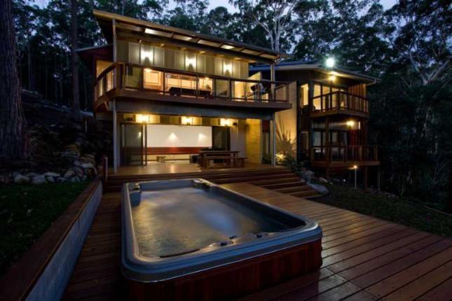Dux Nutz, a Smiths Lake House | Stayz