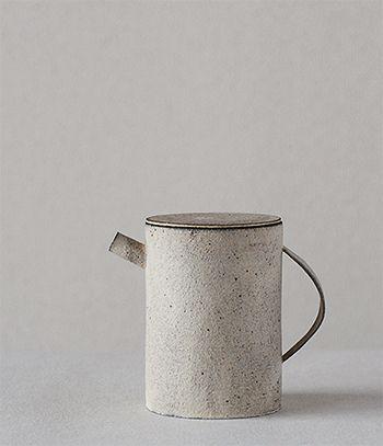 takashi endo teapot.