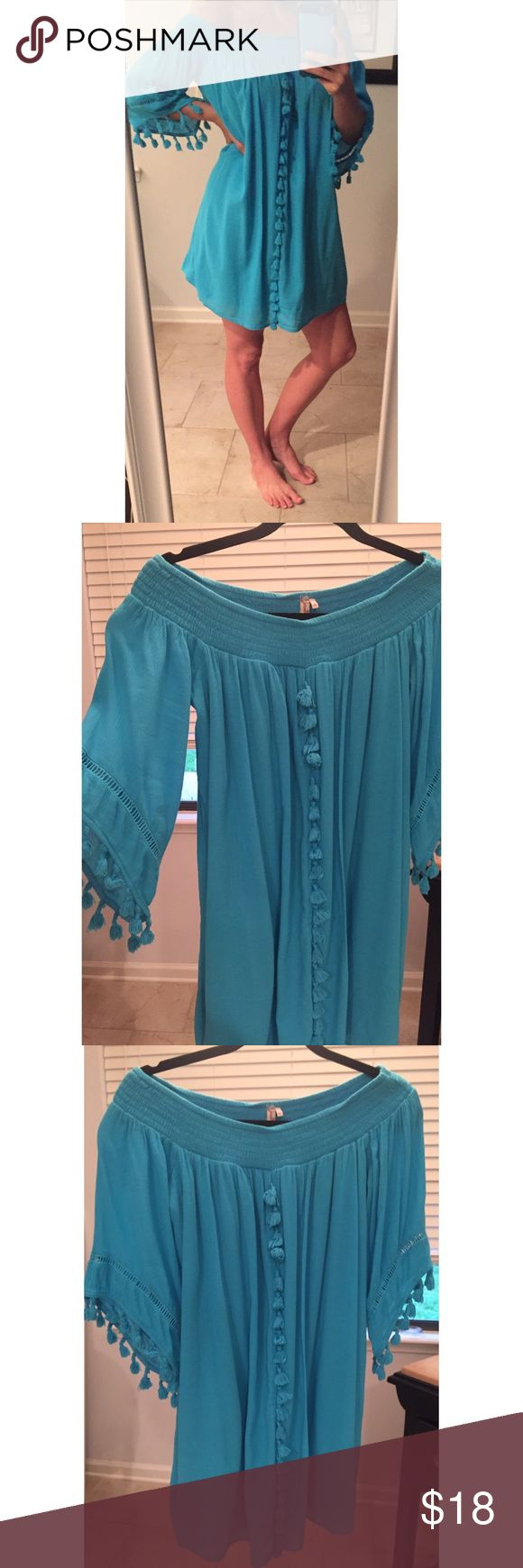 "Off shoulders gauze boho beach dress small S Lightweight and fully lined. The smocked neckline stretches so you can wear completely off shoulders! I took tags off but never wore out. Aqua teal color. Says size small but I am a 4-6 and it has room. Underarm to bottom 23"". Reasonable offers welcome! Red Camel Dresses Mini"