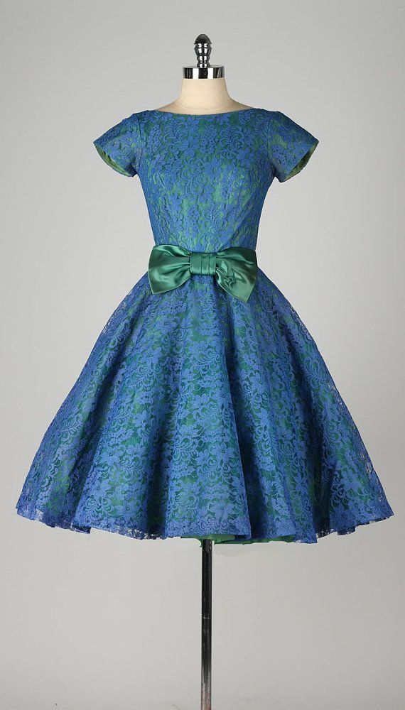 vintage 1950s dress . blue lace . green by millstreetvintage