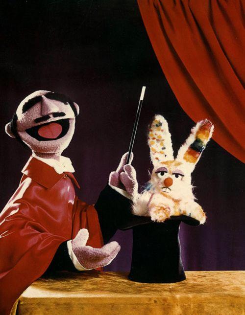 The Amazing Mumford on Sesame Street