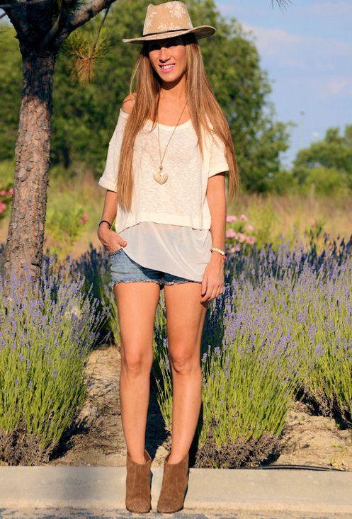 SIMPLY GIRL  , Zara (new collection) in Hats, Zara (new collection) in T Shirts, Zara (new collection) in Boots, Zara in Jeans