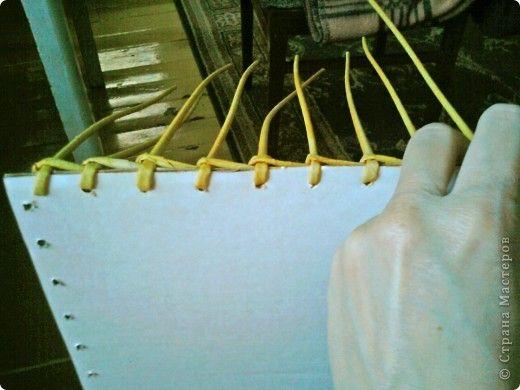 alap Плетение дна, новый способ. - Плетение из газетных трубочек - Поделки из бумаги - Каталог статей - Рукодел.TV