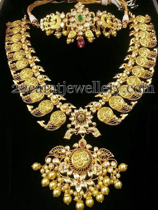 Indian Jewellery Designs: Peacock Gold Mala and Choker