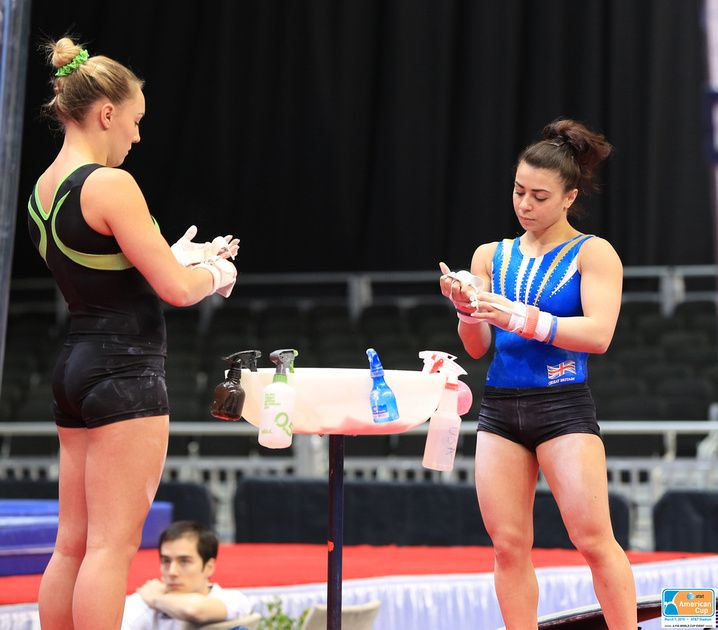 Emily Little (Australia) and Claudia Fragapane (Great Britain)