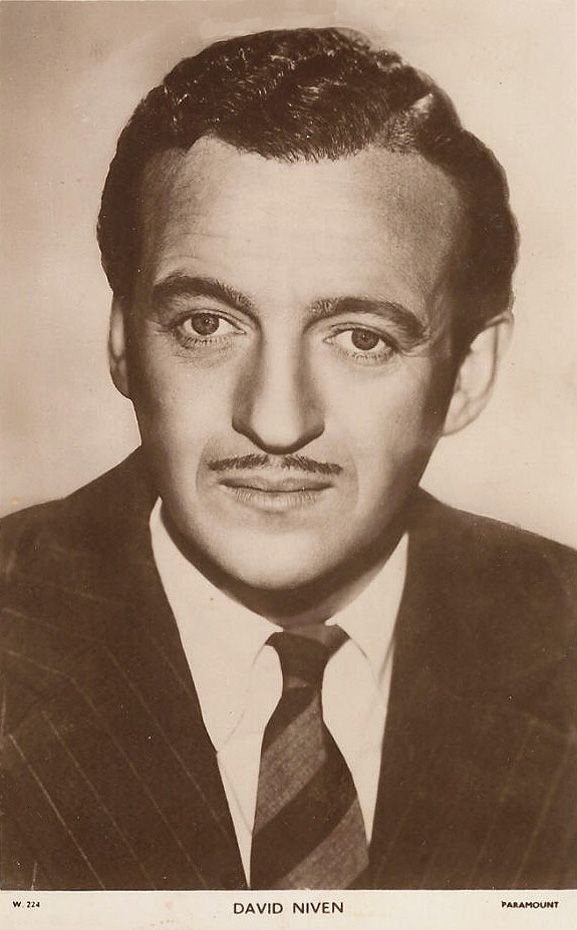Hollywood Actors all old movie stars | High resolution pictures of the film (movie) star actor - David Niven