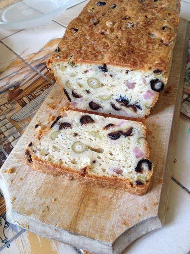 Recette de Cake aux olives