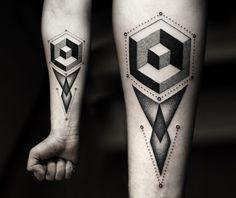 Tatuagens Geométricas | Pontilhismo no Braço