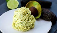 Nudeln mit Avocado-Feta-Creme: Wir lieben Avocado und da dürfen wir euch auf gar keinen Fall dieses Rezept vorenthalten!