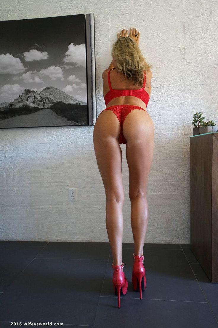 Meet women with pantyhose fetish
