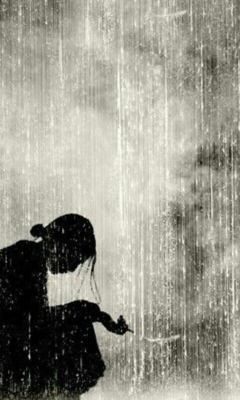 Bajo la lluvia y sóla