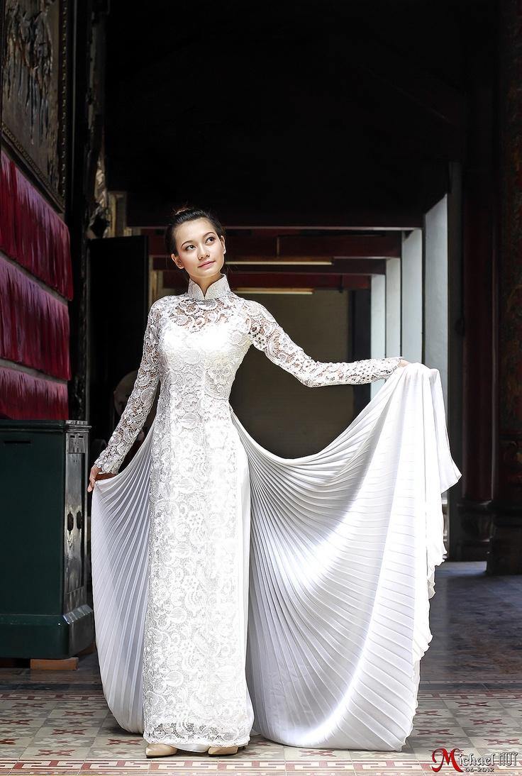 Wedding Dresses  Vietnam : Guipure lace ao dai white wedding