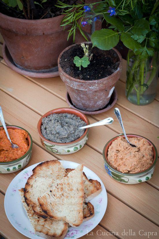 salsine a base di legumi (con olive, pomodori secchi e Peperoni)