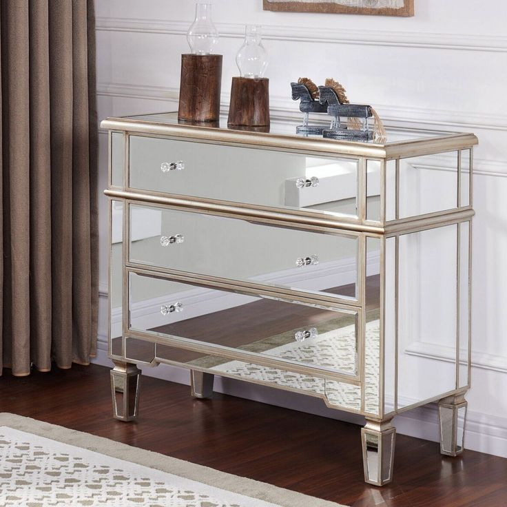 Cabinet with mirrors perfect to keep clutter away