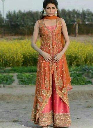 pakistani formal dress for mehndi,engagement or wedding