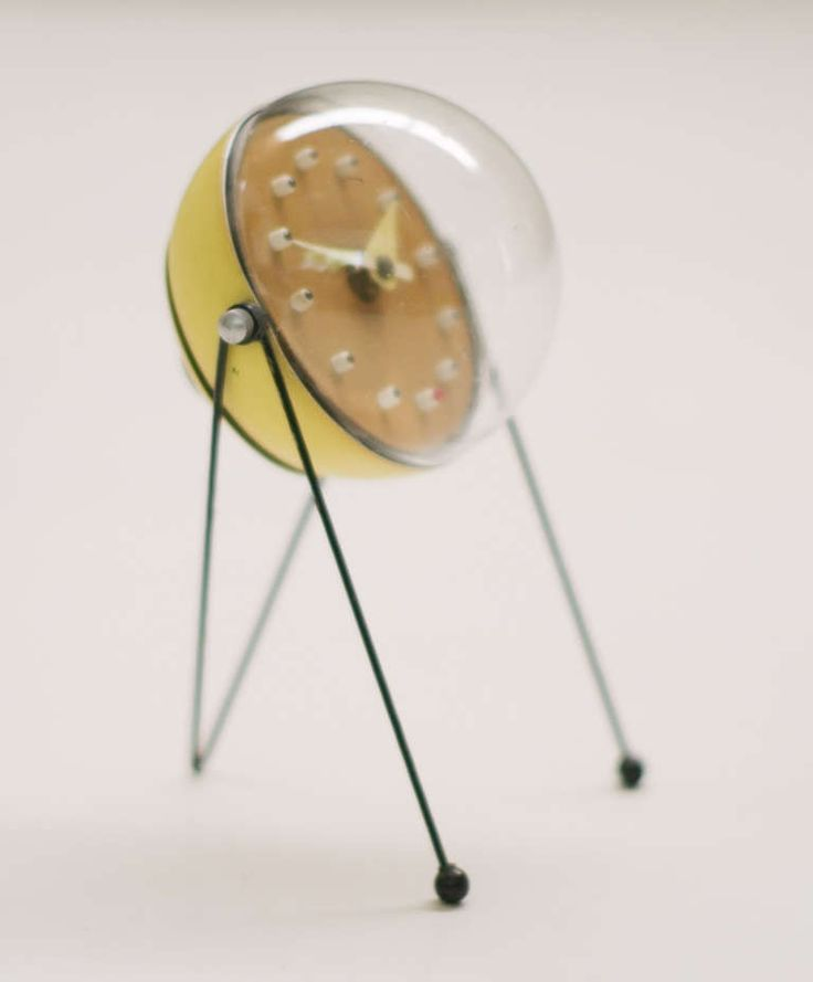 Rare 1950s Mid Century Modern Table Clock, Atomic Inspired Design In The  Style Of