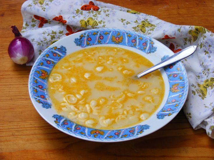 Makacska konyhája: Nagymama hagymalevese