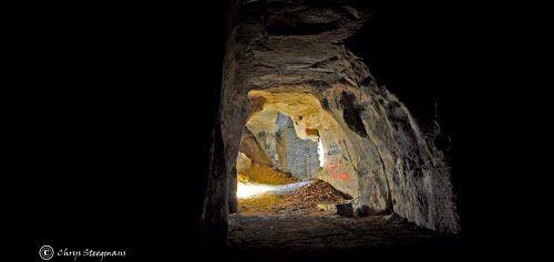 Underground man-made landscape, Wezet.