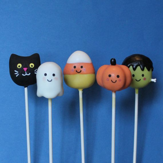 12 Cute Ghost Cake Pops for Halloween Haunted by SweetWhimsyShop