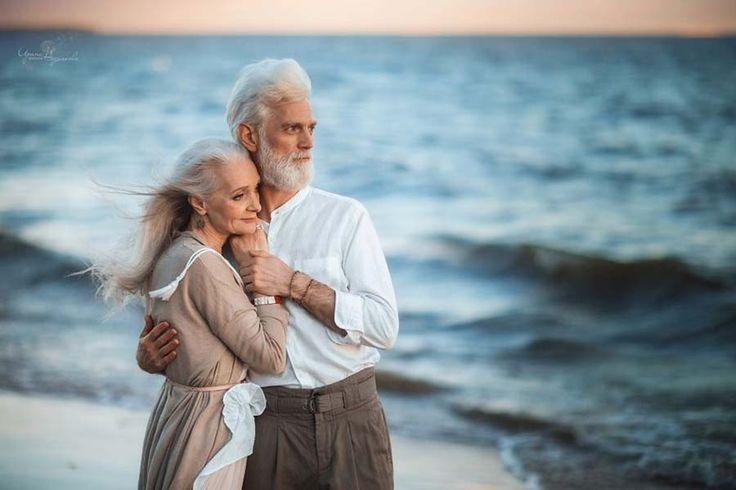 Фотограф из России сделала снимки пожилой пары, чтобы показать, что любовь выходит за пределы временных рамок. — Vinegret