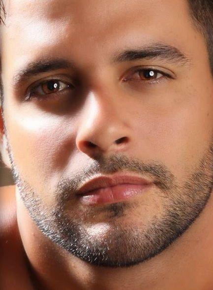 Male facial beauty