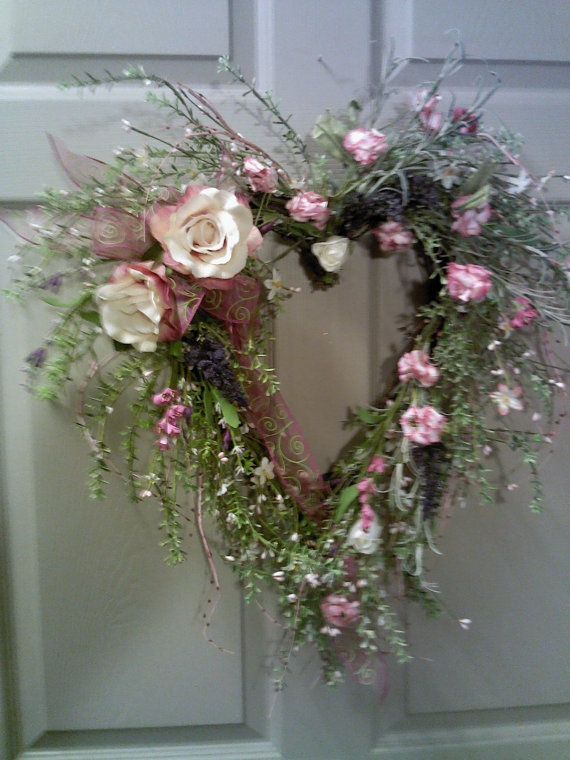 Heart grapevine wreath by EnchantedOneDesigns on Etsy, $70.00