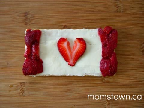 Canada Day Snack for Kids | momstown meals
