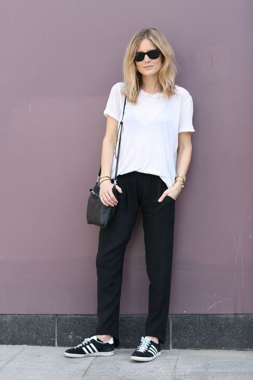 50 Minimalist Outfits to Help You Look Impossibly Chic AllSummer | StyleCaster www loose white shirt, uniqlo b pants