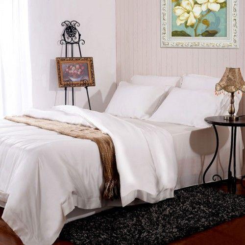 #Ivoire, Le set de linge de lit en #soie 6pc contient 2 taies d'oreiller en soie oxford, 2 taies d'oreiller en soie housewife, 1 drap-housse en soie, 1 housse de couette en soie. Profitez du #confort et améliorez votre vie grâce à nos ensembles de literie de luxe en soie de mûrier. Après une nuit passée dans du linge de lit en soie, vous vous réveillerez en pleine forme. venir de https://www.oosilk.com/fr/6pcs-bed-linen-set-c.html