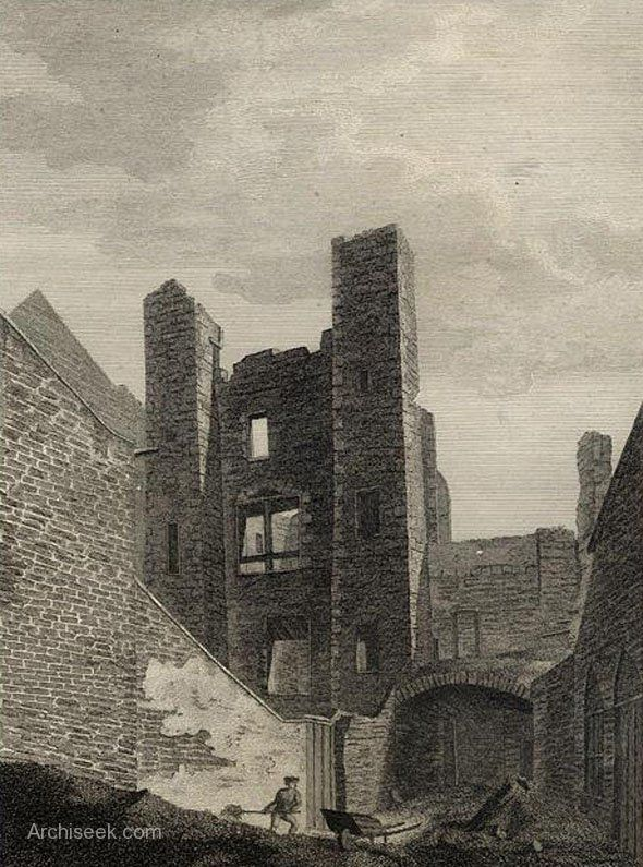 Approximately where Cornmarket is now, Brown's Castle was better known as the Black Dog prison. The castle became a tavern from which the prison got its name. From the early 18th century the Black Dog functioned as the main debtors' prison in Dublin.  Closed as a prison in 1794 with the building of the new Debtors Prison on Green Street. Illustration from Grose's Irish Antiquities.