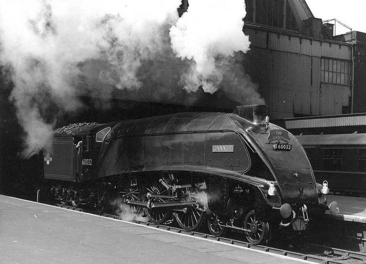 GRESLEY A4 60032 GANNET KX. | Charlie Mercurius | Flickr
