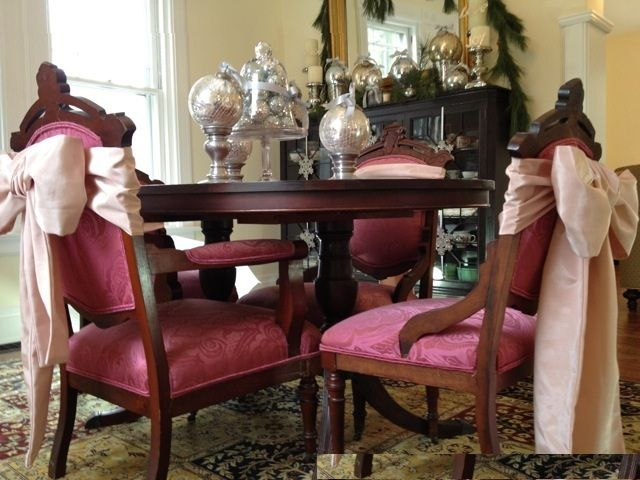 Dining Room, Elegant Victorian Christmas Decorating Dining Room Design Ideas With Fill A Cake Dome And Ornaments For A Quick Centerpiece And Wooden Table Also Pink Colour Puffy Chairs Frame Wooden: Christmas Dining Room Decorating Ideas