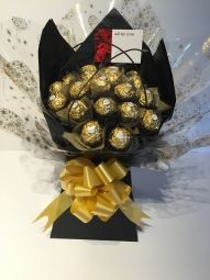 Black & Gold Ferrero Rocher Bouquet