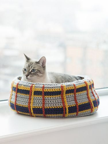 Crochet Kitty Cat Bed - Tutorial ❥ 4U hilariafina  http://www.pinterest.com/hilariafina/