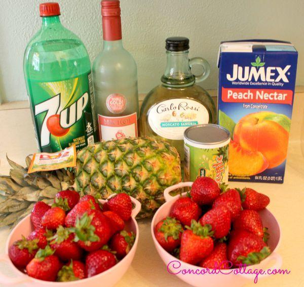 Stawberry Pineapple Sangria recipe I made this weekend n it was a HUGE hit.  #Sangria #SummerDrinks #DrinkRecipe