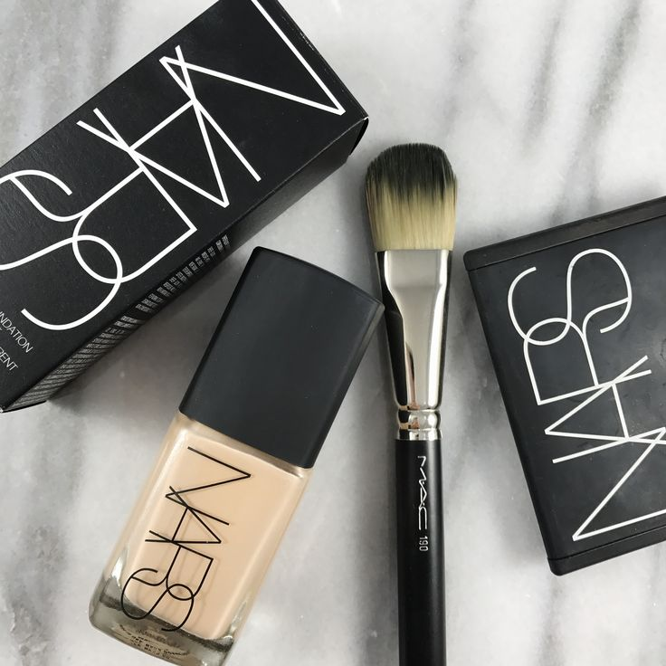 NARS SHEER GLOW - MAC FOUNDATION BRUSH