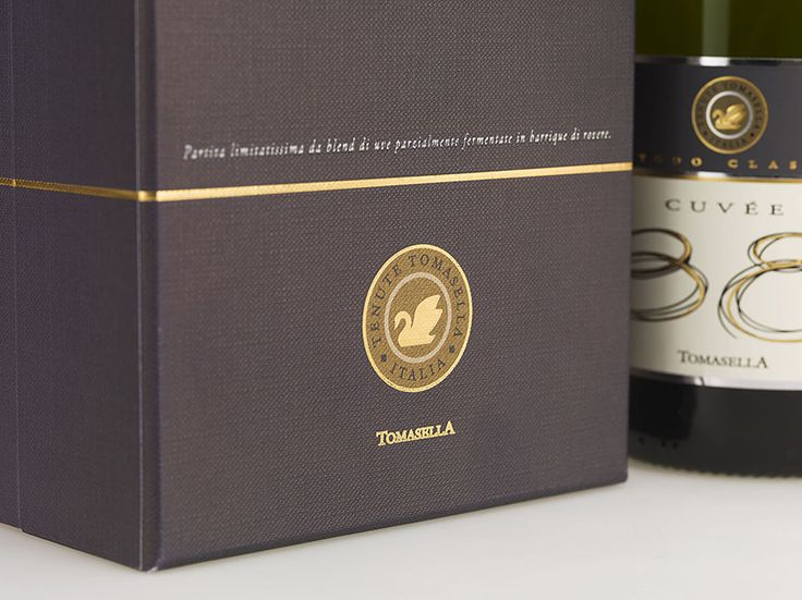 #ClassyCovers #Favini - Pack Cuvée 38, Metodo Classico #Tomasella / Design: Fischetto Design www.fischettodesign.com - Find more on #ClassyCovers http://www.favini.com/gs/en/fine-papers/classy-covers/features-applications/ - Share it on Twitter https://twitter.com/favini_en/status/532797584696680448