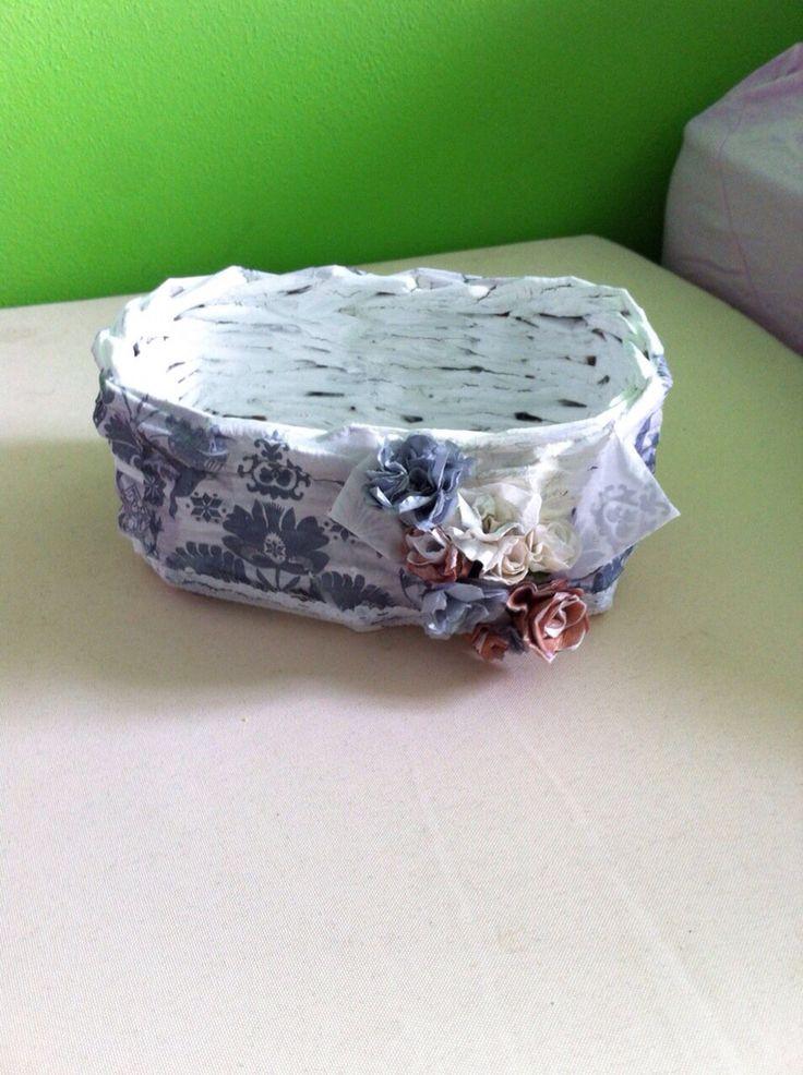 Cestini di carta riciclata