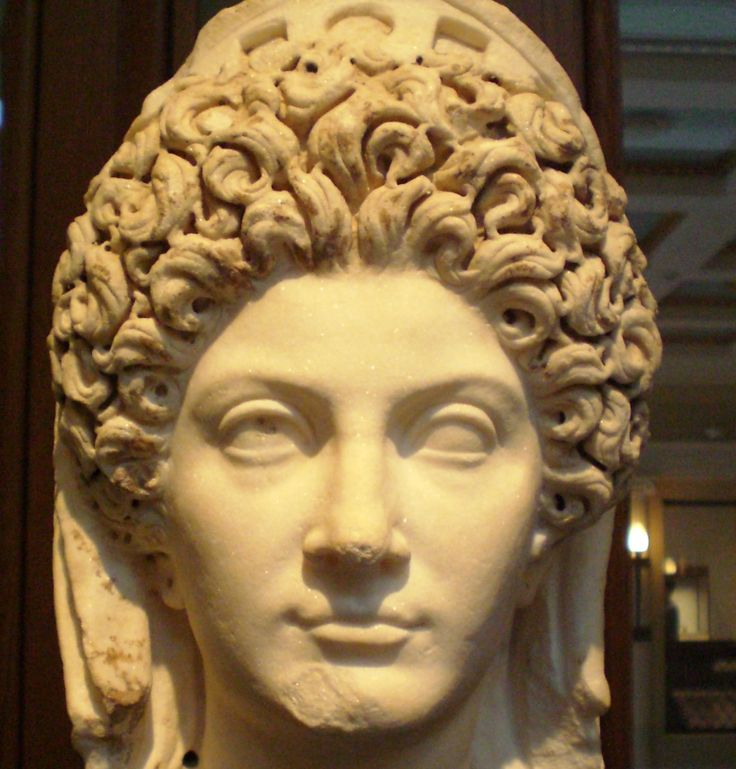 women in ancient rome essay example A good example of the resolve of the roman women was their demonstration against the oppian law rome passed the oppian law after the disastrous defeat by hannibal, the leader of carthage (tanenbaum 2012.
