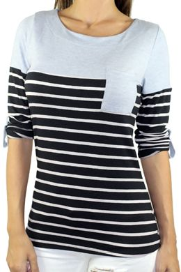 TRENDY & SUPER CUTE STRIPED TOP from SAVEDBYTHEDRESS.COM #fashion #summertrends #stripedtop