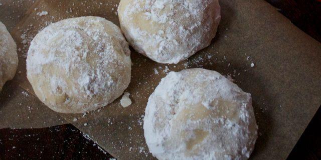 Polvorones (Sweet Almond Cookies)