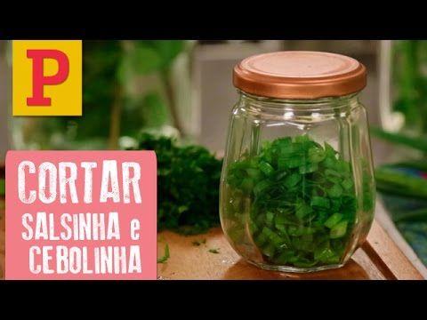 Como cortar salsinha e cebolinha e armazenar no congelador