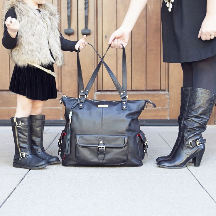 Love this bag! Who knew diaper bags could be so stylish. @pammyjtay @lilyjadeco #ljgiveaway